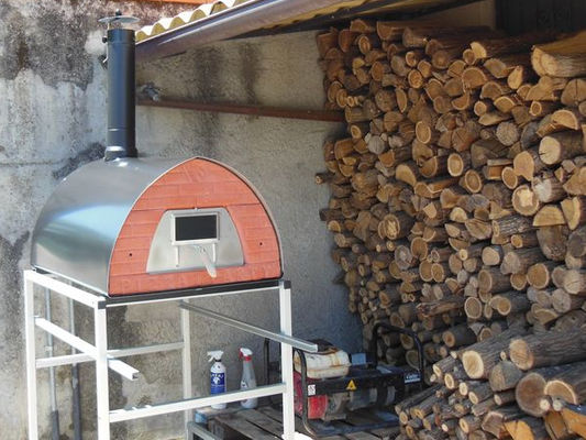 "PIZZAJOLLY HOUTGESTOOKTE PIZZA OVEN MODEL XL ""MOLTE PIZZE"""