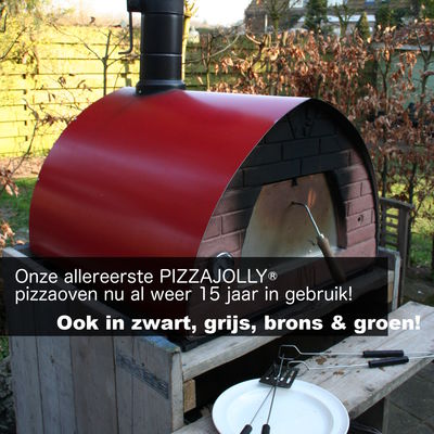 pizzaoven pizzajolly al 15 jaar in de tuin